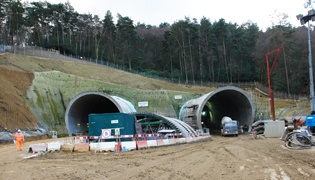ACO KerbDrain provides a highway drainage system meeting performance and environmental project targets in Surrey