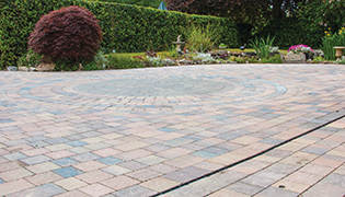 ACO HexDrain Brickslot provides discreet solution in driveway projects in Hampshire